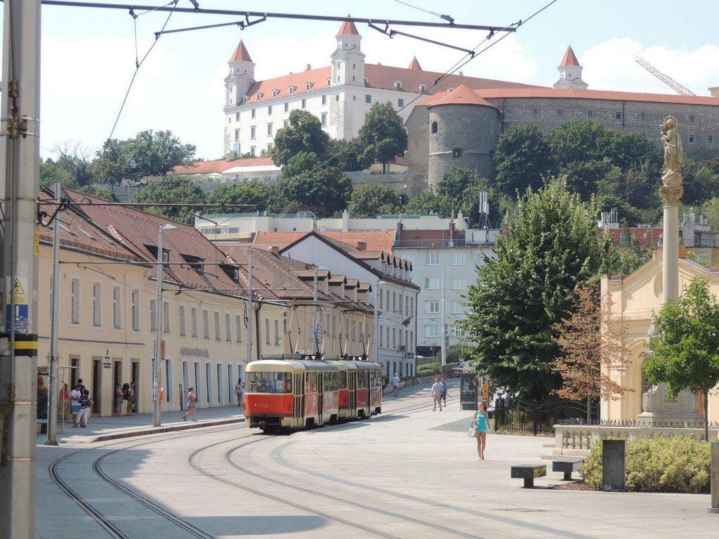 el-castillo-de-Bratislava-Viajohoy-com