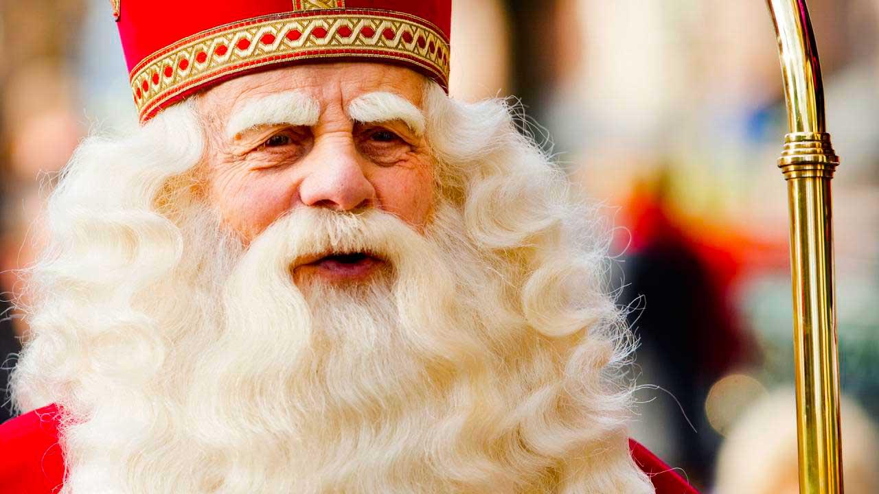 Sinterklaas Sinterklaas, el Papá Noel de Bélgica y Holanda