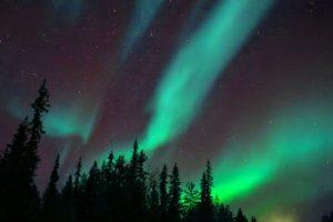 auroras-boreales-finlandia-viajohoy-com