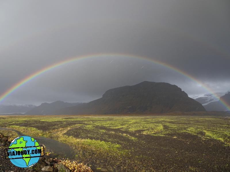 arco-iris-islandia-viajohoy1 7 Cosas que no sabias de Islandia ¿o si?