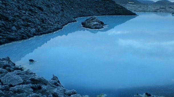 blue-lagoon-spa-viajohoy2 Baños termales en la laguna azul spa