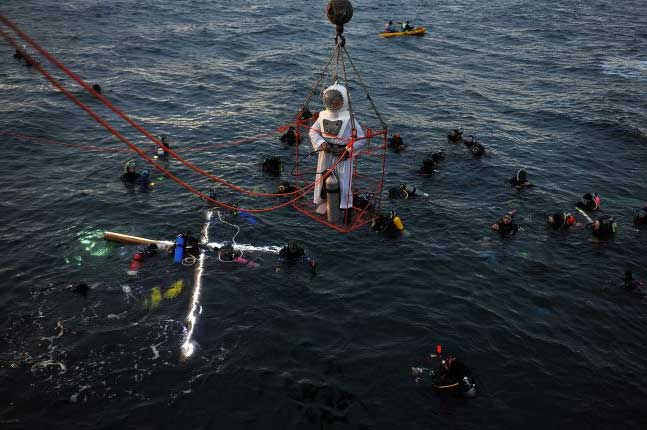 via-crucis-submarino-madryn2 Semana Santa submarina, sí existe!!