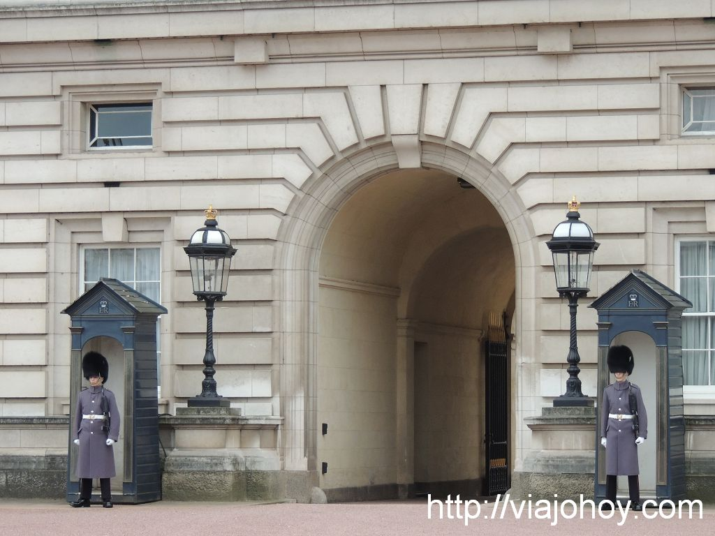 Buckingham-Palace-viajohoy-com002 Que ver en Londres en 2 dias (dia1)