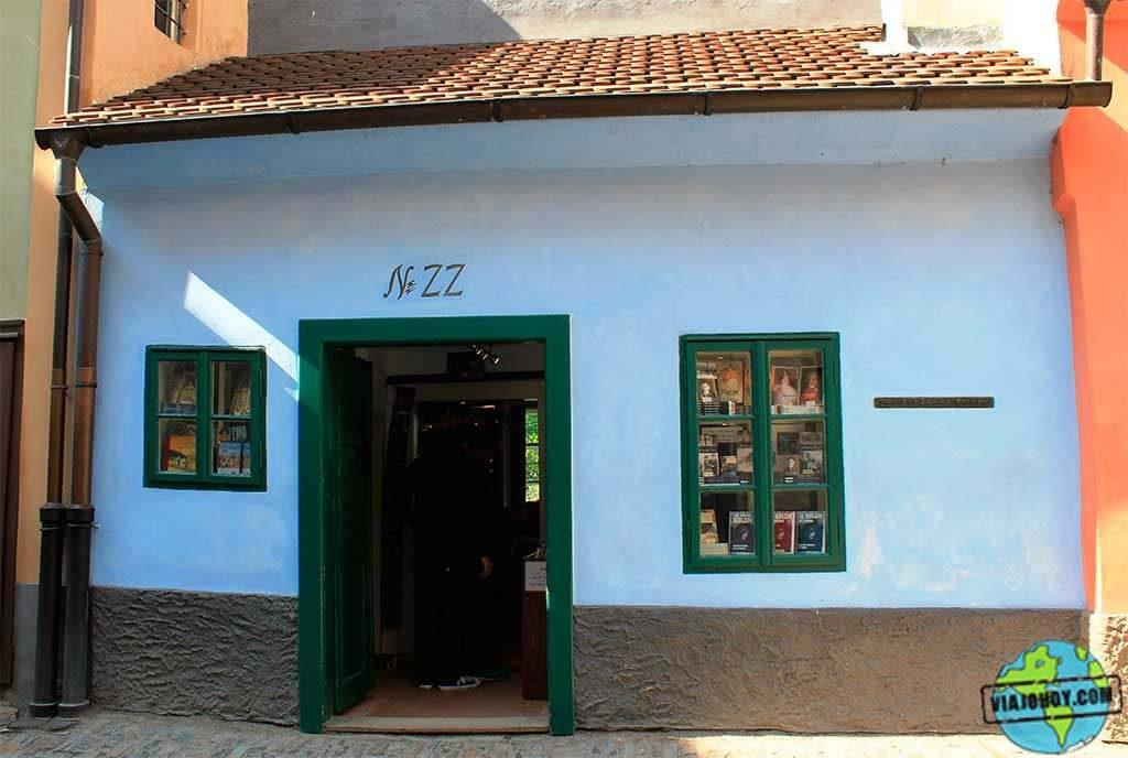 Frank-kafka-golden-lane(viajohoy)10 El Callejón de Oro – descubre Praga