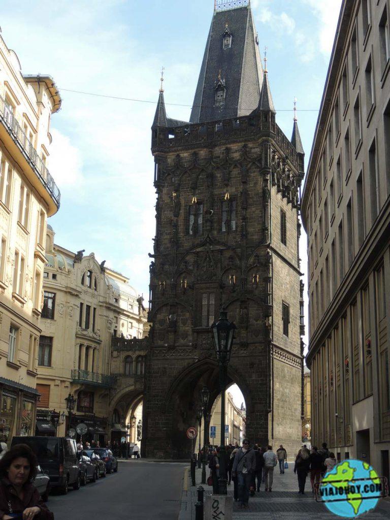 Torre de la pólvora La Torre de la Pólvora – Disfruta Praga