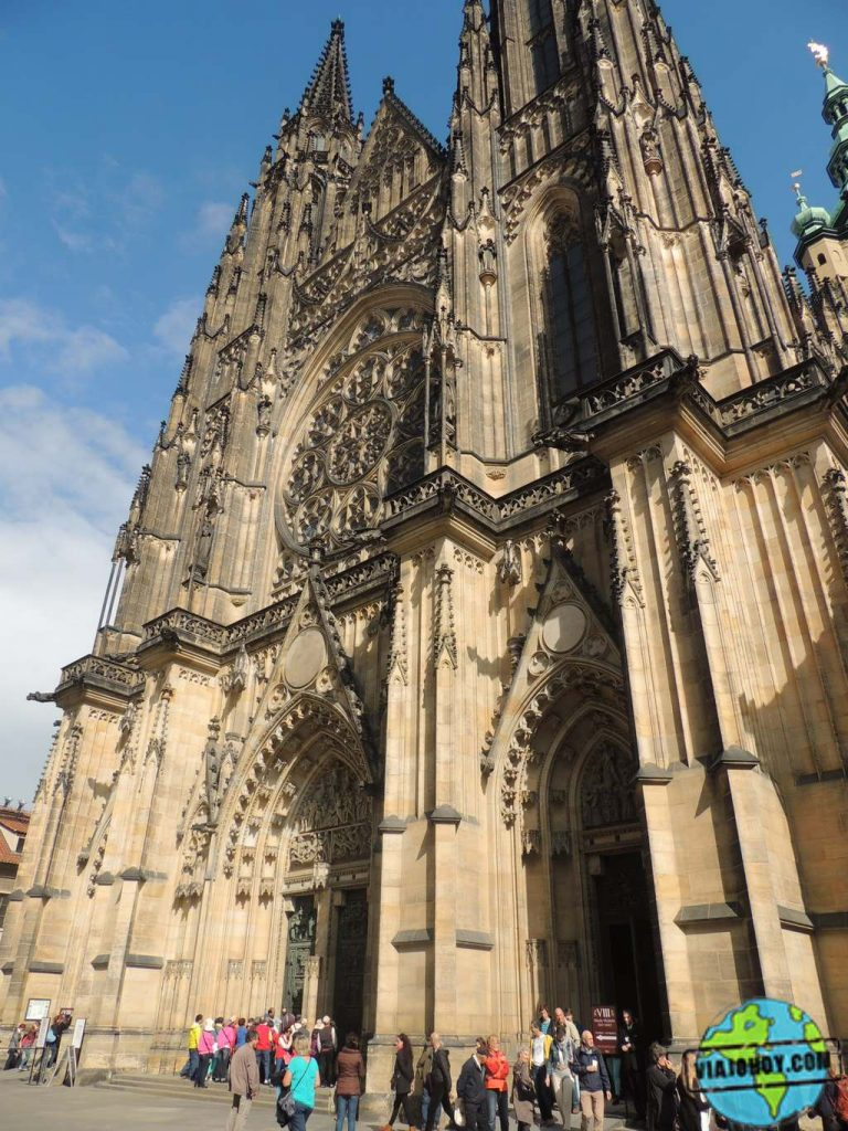 frontal-catedral-san-vito Catedral de San Vito – Visita a Praga