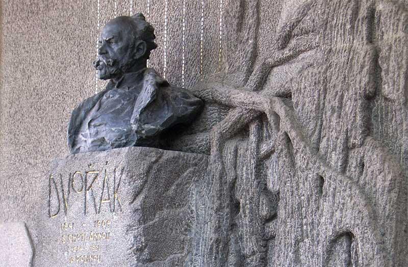 Sepulcro de Antonín Dvorák