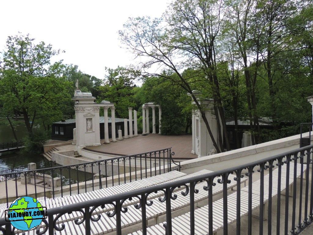 parque-lazienki-varsovia-viajohoy47