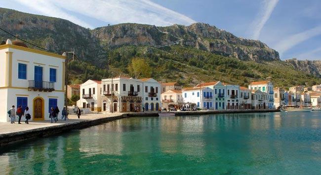 Kastellorizo-isla-griega 10 Islas griegas no tan conocidas – Visita Grecia