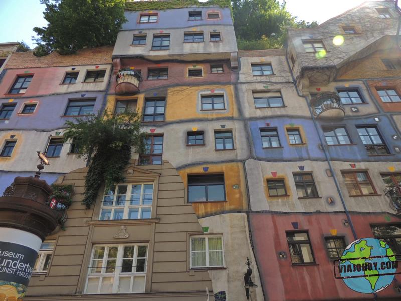 Hundertwasserhaus: el complejo imaginativo